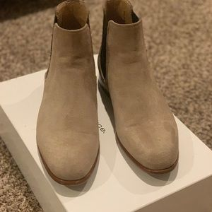Vince Chelsea Boot